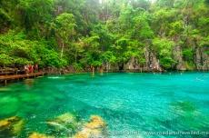 kayangan-lake-swimming-2